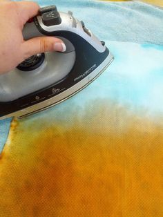 Dyeing Fabric with tissue paper.