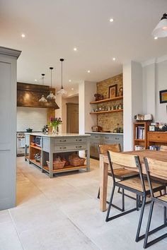 Celebrating classic country cabinetry for the modern home, the Weybridge kitchen. - Celebrating classic country cabinetry for the modern home, the Weybridge kitchen project combines t - Open Plan Kitchen, New Kitchen, Kitchen Wood, Kitchen Modern, Kitchen Country, Kitchen Black, Olive Green Kitchen, Brick Wall Kitchen, Country Modern Home