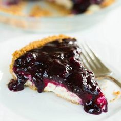 Blueberry Cheesecake Pie. this was amazing for mom's birthday! a good go to cheesecake pie recipe! can use any fruit topping (or caramel, chocolate...)