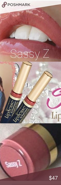 Lipsense Sassy Z & Gloss!! Limited Edition color!! This is NEW to the Lipsense collection and already sold out. My shipment should arrive this week. Pre-Order yours today!!!! This listing includes both color and your choice of Glossy or Matte Gloss. Makeup Lip Balm & Gloss