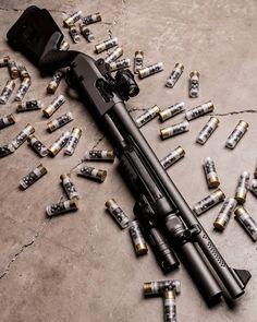 Can you name the gun?   @vangcomp   Like  Repost  Tag  Follow   @endlessboxcom https://endlessbox.com #endlessboxcom  #photooftheday #instagood #omg #hunter #badassery #hunting #tbt #ar15 #pistol #ak47 #freedom #gun #guns #merica #pewpew #happy #nra #badass #beast #glock #handguns #fullauto #wow #firearms #weapon #shotgun #weapons #edc #sniper