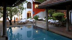 The Malabar House is a fascinating hotel situated in Fort Cochin, housed within a pretty old colonial mansion. An inspired mixture of local furniture and antiques, combined with contemporary designs and vibrant colour schemes, Malabar House is one of the finest boutique hotels in Cochin.