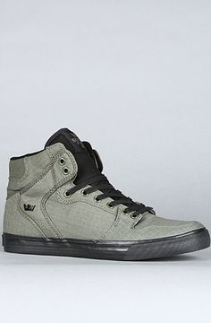 SUPRA The Vaider Sneaker in Olive Green Ripstop Canvas. Love in a shoe..