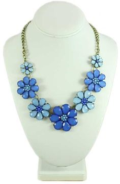 FN517-Light and Dark Blue Daisies Necklace