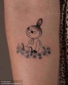 Little Tattoos, Mini Tattoos, Small Tattoos, Line Drawing Tattoos, Tattoo Drawings, Cartoon Tattoos, Disney Tattoos, Poke Tattoo, Get A Tattoo