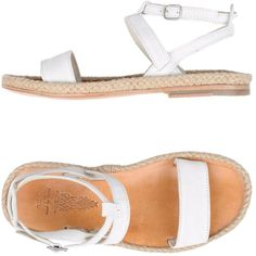 N.d.c. Made By Hand Sandals (2,130 MXN) ❤ liked on Polyvore featuring shoes, sandals, white, flat sandals, white flats, leather ankle strap sandals, white flat sandals and white leather flats