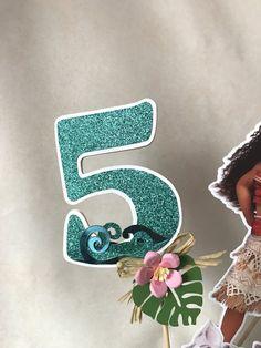 Moana Centerpiece Cake Topper Moana Party by AdrianaOrtizDesigns Moana Birthday Party Theme, Moana Party, 1st Birthday Parties, Birthday Ideas, Moana Centerpieces, Moana Decorations, Paper Flowers Craft, Flower Crafts, Bolo Moana