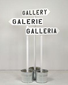 differentheadspace:    Gallery, Galerie, Galleria, 2010 -RON TERADA