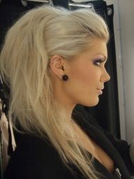 "::::♡ ♤ ✿⊱╮☼ ♧☾ PINTEREST.COM christiancross ☀❤ قطـﮧ‌‍ ⁂ ⦿ ⥾ ⦿ ⁂ ❤U •♥•*⦿[†] :::: Fun new take on a ""night out"" ponytail"