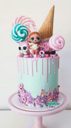 Super cute LOL cake 🍭 This cake has a bit of everything going on, lollipops, drip, watercolour, sprinkles and upside down ice cream cone… ideas for birthday Doll Birthday Cake, Funny Birthday Cakes, 8th Birthday, Lane Cake, Lol Doll Cake, Surprise Cake, Surprise Birthday, Birthday Ideas, Baby Girl Cakes