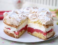 Schneemoussetorte mit Rhabarber Our popular recipe for snowmouset with rhubarb and over more free recipes on LECKER. Easy Cookie Recipes, Sweet Recipes, Baking Recipes, Cake Recipes, Sweets Cake, Cupcake Cakes, German Baking, Rhubarb Recipes, Mousse Cake