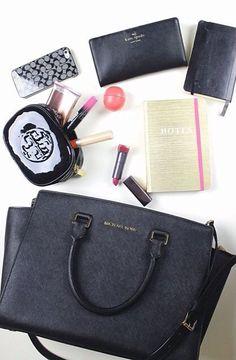 e85fbfe348 WHAT S IN MY BAG  whatsinmybag Michael Kors Handbags Clearance