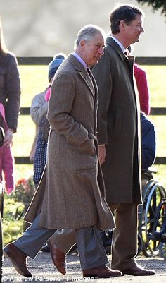 Princes of Wales and Timothy Lawrence: Queen Elizabeth II and family attend church services at Sandringham estate 12/29/2013