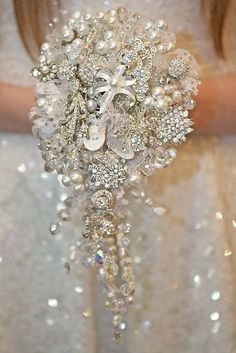 24 Brooch Wedding Bouquets That Will Excite You ♥ Brooch wedding bouquets are compatible with every season. They will stay in great condition for years unlike fresh flowers and be a reminder about this day. #wedding #bride #weddingforward #broochweddingbouquets Vintage Bridal Bouquet, Wedding Brooch Bouquets, White Wedding Bouquets, Flower Bouquet Wedding, Bridesmaid Bouquets, Flower Bouquets, Wedding Vintage, White Peonies Bouquet, Purple Bouquets
