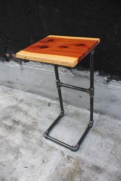 Glissez dans la Table dappoint avec tuyau de fer et le bord