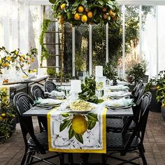 Williams Sonoma Meyer Lemon Citron Table Runner Cotton NEW Williams Sonoma, Outdoor Dining, Dining Table, Outdoor Table Decor, Kitchen Dining, Dining Room, Beautiful Table Settings, Home Living, Mellow Yellow