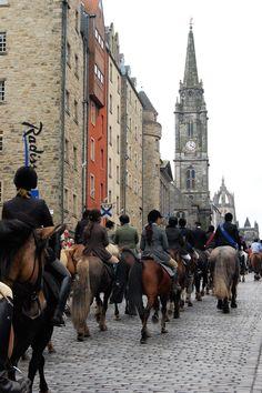 Riding the Royal Mile in Edinburgh