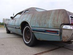 Ratlook / 1973 Thunderbird Ratrod