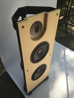 floor stand open baffle speakers, only 42cm wide, with Morel drivers, provide deep bass, sonic clarity, warmth, resolution and image, like never before !