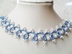 Tour de cou bleu en dentelle de frivolite , collier dentelle bleu, tour de cou dentelle bleu : Collier par carmentatting