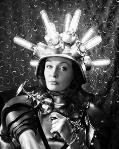 Vintage sci-fi vixen