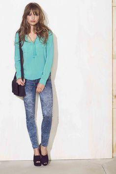 Sweaters, Women, Fashion, Moda, Fashion Styles, Sweater, Fashion Illustrations, Sweatshirts, Pullover Sweaters