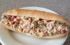 Good Food, Yummy Food, Kids Menu, Best Dinner Recipes, Tuna Salad, Pulled Pork, Hot Dog Buns, Mayonnaise, Barbecue