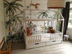 Kinderbedhuisje CABIN XL, 90 x 200 cm (Ladekeuze Bedhuisje: Ik wil 2 opberglades ,Kleurkeuze Bedhuisje: Kleur WIT ,Keuzemenu Kinderbedmatras: Pocketvering matras 90 x 200 Onderbedmatras: Geen onderbedmatras) Baby Room Design, Girl Bedroom Designs, Diy Home Decor Bedroom, Kids Bedroom, Giraffe Room, Diy Toddler Bed, Jungle Room, Little Girl Rooms, Boy Room