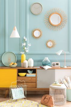 Caravan Design 344806915206186858 - tendance deco mint lemon menthe citron Source by kiwiyu Casa Retro, Retro Home, Industrial Home Design, Yellow Interior, Yellow Home Decor, Style Deco, Affordable Furniture, My New Room, Home Decor Inspiration