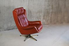 Rare Parker Knoll Vintage Retro Swivel Rocker Egg Chair