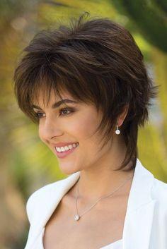 Blindsiding Cool Ideas: Women Hairstyles Medium Bangs how to cut shag hairstyles.How To Cut Shag Hairstyles. Edgy Short Haircuts, Short Shag Hairstyles, Pixie Haircuts, Hairstyle Short, Hairstyles 2018, Teenage Hairstyles, Everyday Hairstyles, Trendy Hairstyles, Wedding Hairstyles