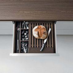 Dada Smoked Oak Drawers and Containers Accesories. Kitchen Utensils, Kitchen Storage, Kitchen Interior, Kitchen Design, Drawer Inserts, Kitchen Dinning, Home Renovation, Storage Ideas, Architecture Design