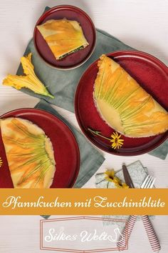 Sieht das nicht super aus? Diese Pfannkuchen sind mit einer Zucchiniblüte gebacken (das funktioniert auch mit einer Kürbisblüte). Anschließend mit Spinat und Feta gefüllt worden. Ein wirklich schönes vegetarisches Gericht. Wie Du diese schönen Pfannkuchen bäckst, verrate ich Dir auf meinem Blog. #silkeswelt #pfannkuchen #Zucchini Foodblogger, Fabulous Foods, International Recipes, Creative Food, Diy Food, Cooking, Super, Germany, Veggie Food