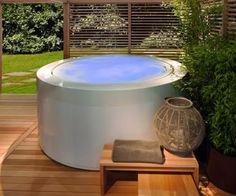 Outdoor soaking tub