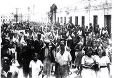 Manifestación en Huelin de los trabajadores de las industrias malagueñas. años 30 ANCIENT MALAGA-SPAIN