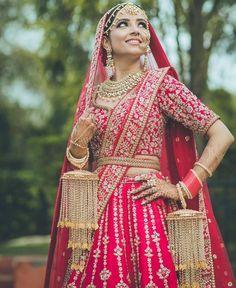 Top Trending Blouse Designs To Wear In 2020 Wedding Season Indian Bridal Photos, Indian Bridal Outfits, Bridal Blouse Designs, Saree Blouse Designs, Wedding Attire, Wedding Goals, Wedding Outfits, Wedding Pics, Wedding Bride