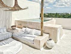 Tulum, Rooftop Patio, Backyard Patio, Outdoor Spaces, Outdoor Living, Piscine Diy, Tadelakt, Flat Rent, House Beds