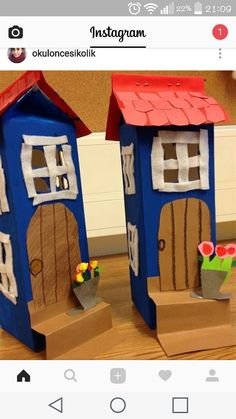 Muumi-house with milkboxes Diy And Crafts, Crafts For Kids, Arts And Crafts, Paper Crafts, Art Projects, Projects To Try, Felt House, Family Theme, Preschool Art