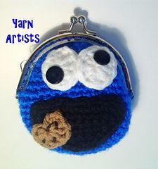 Cookie Muncher (Cookie Monster Inspired) Coin Purse Pattern #free #crochet #pattern