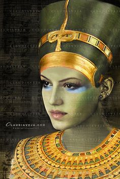 This is an artistic interpretation of the Egyptian Queen 's famous statue the queen's name: Stephie ;) EXPLORED Mar 2009 make up artist also Stephie Walk Like An Egyptian_♪♫_ Ancient Egyptian Clothing, Egyptian Fashion, Egyptian Jewelry, Egyptian Queen, Egyptian Goddess, Egyptian Art, Stencils For Kids, Egyptian Makeup, Egyptian Beauty