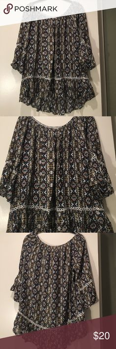 """Adorable Blouse with Bell 3/4 Sleeves Medium Bell Sleeves 3/4 long. Purchased from anthropologie brand is """"Peter"""" in PERFECt condition! Anthropologie Tops"""