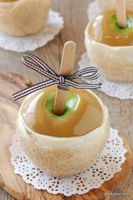 Apple Pie Caramel Apples | NoBiggie