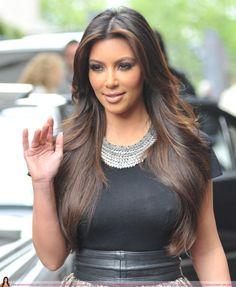 Hair Highlights Tutorial Kim Kardashian Ideas For 2019 Kim Kardashian Cabelo, Kardashian Style, 2015 Hairstyles, Celebrity Hairstyles, Cool Hairstyles, Kardashian Hairstyles, Gorgeous Hairstyles, Celebrity Long Hair, Hair Highlights