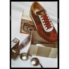 #zda #zdapartizanske #oldschool #red #marathon #sneakers  #shoesshop #shoes #glasses #lenonglasses #photo #russiacamera #camera #35mm #fashion #fashiondesign #style