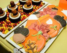 Thanksgiving Sugar Cookies !  Custom Dessert Bar styled by Ganache. Like us at www.facebook.com/styledbyganache
