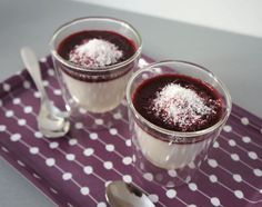 Panna Cocotta aux Fruits Rouges Panna Cotta, Mousse Fruit, Pretty Cakes, Brunch, Flan, Gluten, Keto, Lactose, Ajouter