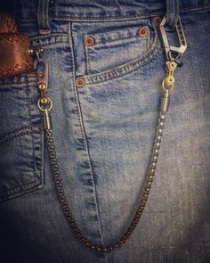 Wallet Chain, Everyday Carry, Old School, Carry On, Old Things, Style, Hand Luggage, Every Day Carry, Stylus