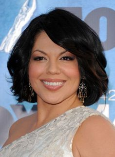 Sara Ramirez - Callie Torres is my hero! adore this woman Callie Torres, Sara Ramirez, Mexican Hairstyles, Cute Hairstyles, Hair Dos, My Hair, Hair Today, Greys Anatomy, Cut And Color