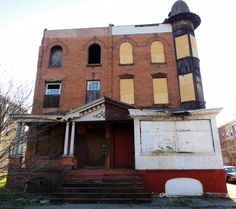 Abandoned Twin, 33rd & Oxford Street, Brewerytown, North Philly