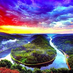 God's fingerprint...This is the most gorgeous, colorful place I have ever seen! I would love to go there...